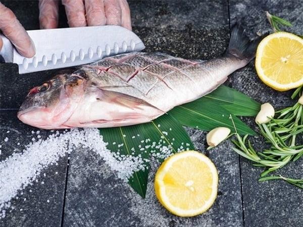 Cách khử mùi tanh của cá hiệu quả